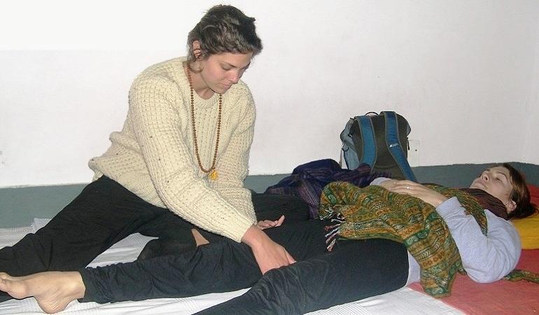 reflexology-courses-in-india-rishikesh