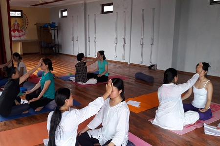 Reiki Teacher Training and Reiki Retreat Course in Rishikesh