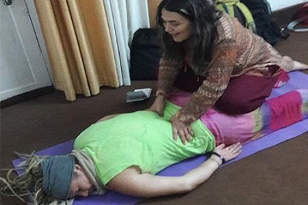holistic-massage-course-in-rishikesh-india
