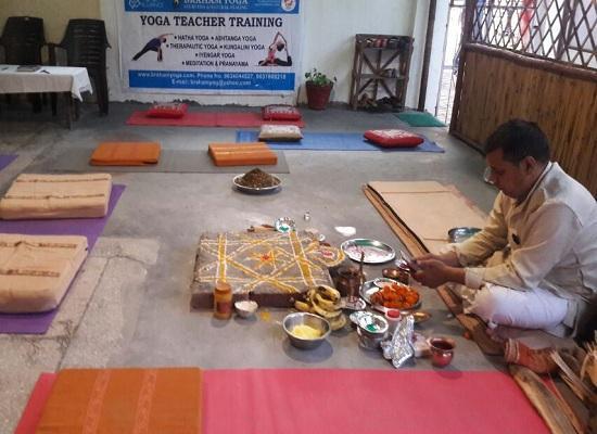 yoga teacher training in india rishikesh